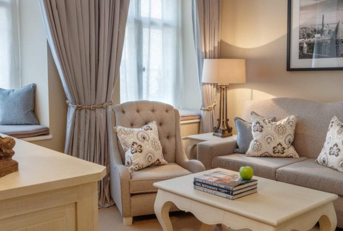 Suite Livingroom 1